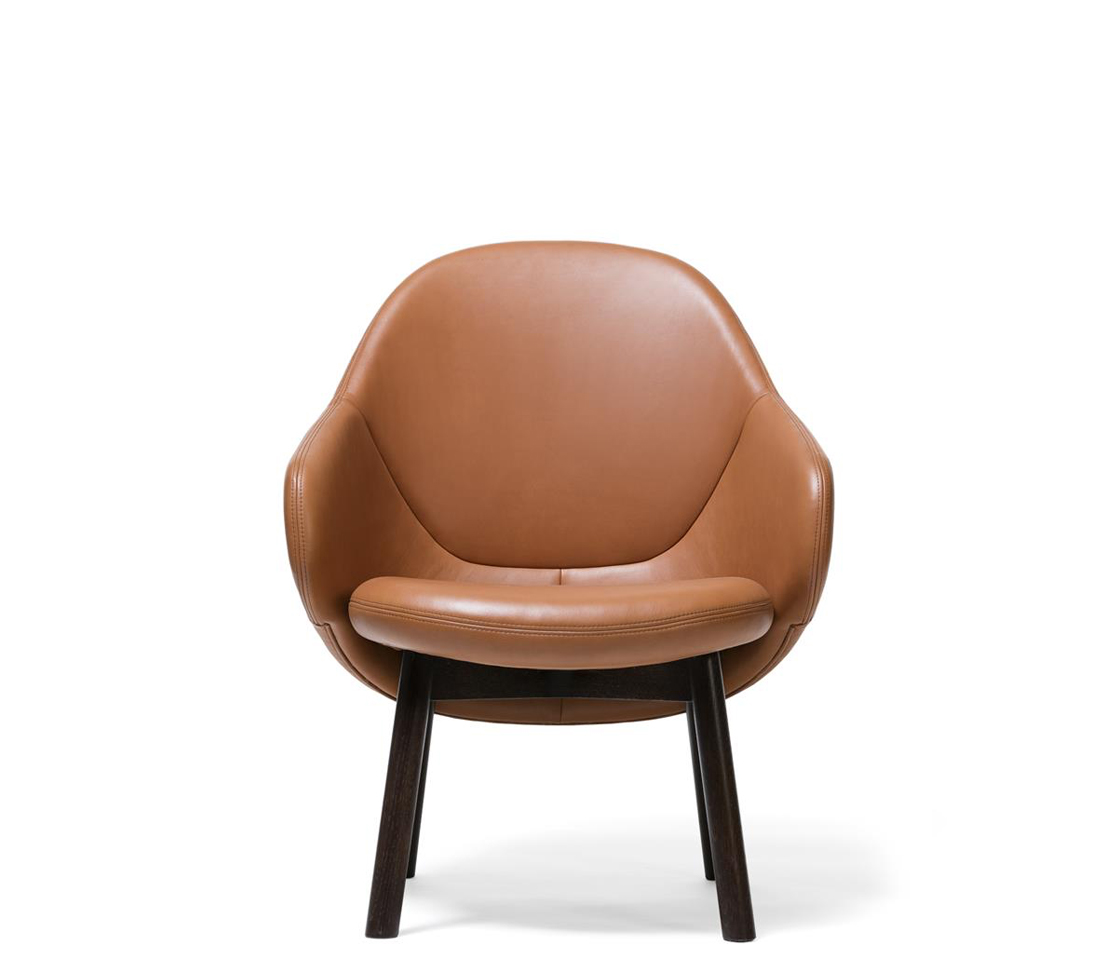 Alba Lounge Chair Front