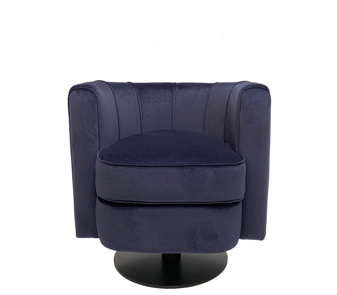moby armchair front
