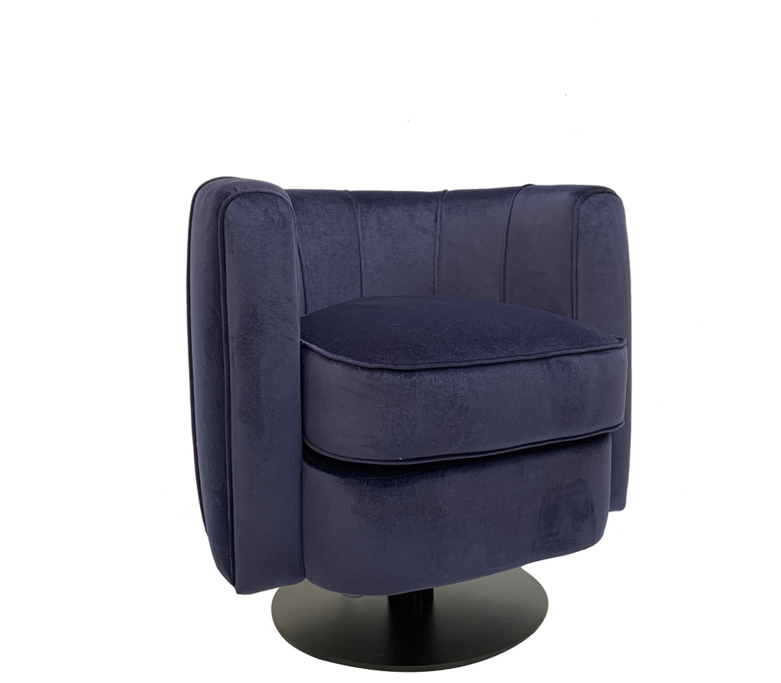 moby armchair side
